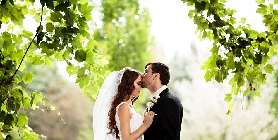 Comment-preparer-un-mariage-en-s-aidant-d-internet-.jpg